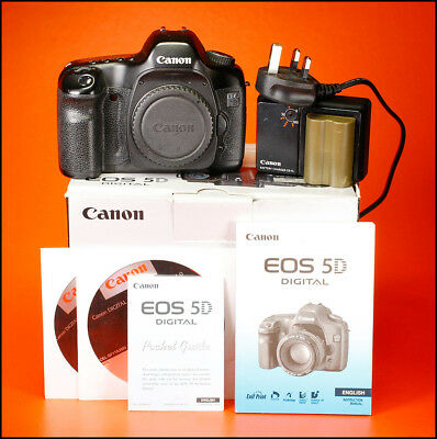 Canon EOS 5D Digital SLR Camera,Sold With Battery, Charger Manual,Software & Box