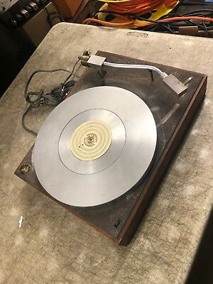 AR Xa Turntable Research Runs , needs service for parts AS-IS