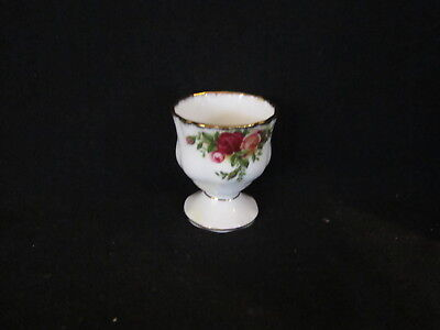 Royal Albert - OLD COUNTRY ROSES - Egg Cup - Made In England