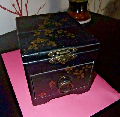 ANTIQUE CHINESE WOODEN JEWELLERY BOX with BLACK LEATHER COVERING GOLD DECORATION