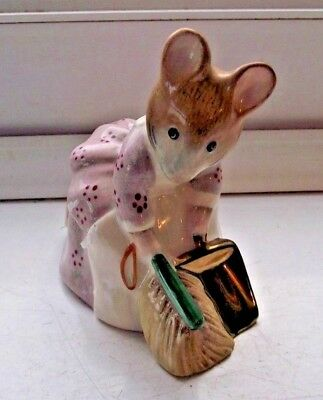 Beswick Beatrix Potter Hunca Munca Sweeping Excellent Royal Doulton See Pics