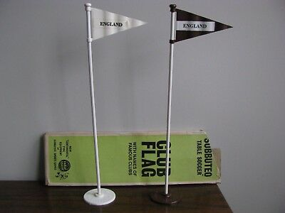 Subbuteo 2 x CLUB FLAGS / WHITE AND BROWN Excellent