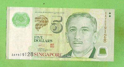 #D138.  Singapore Polymer Five  Dollar Banknote, Serial No. 3Ay519128