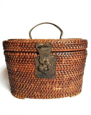 GORGEOUS! Vintage Hand Woven Crafted Asian Chinese Tea BASKET Footed Hinged Lid