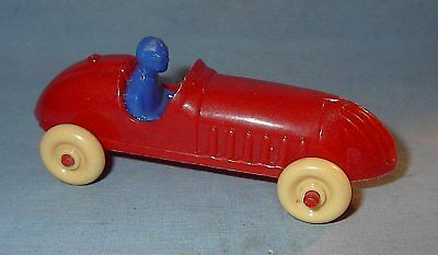 """VINTAGE RENWAL PRODUCT No 61 USA PLASTIC RED RACE CAR 4 1/4"""" glued part"""