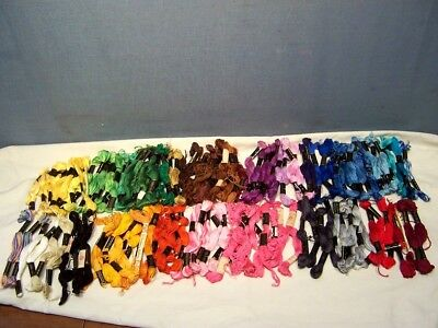BIG LOT of 139 VINTAGE AMERICAN THREAD CO. STAR COTTON FLOSS SKEINS ASST.COLORS