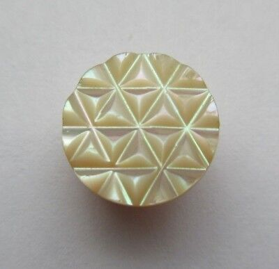 """Lovely Antique~ Vtg Victorian Carved Shell BUTTON 6- Point STAR Design 1/2"""" (W)"""