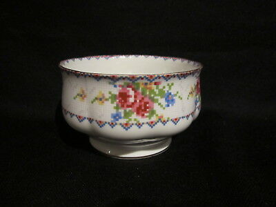 Royal Albert - PETIT POINT - Open Sugar Bowl Large  - Made in England