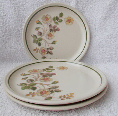 Marks & Spencer Autumn Leaves - 3 Salad or Breakfast Plates 8.5""