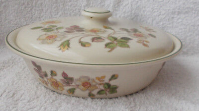 Marks & Spencer Autumn Leaves - Covered Serving Dish or Tureen 9.75""
