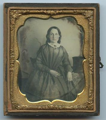 1840 HALF CASE 6th PLATE DAGUERREOTYPE - SEATED YOUNG WOMAN, CAUTIOUS EXPRESSION