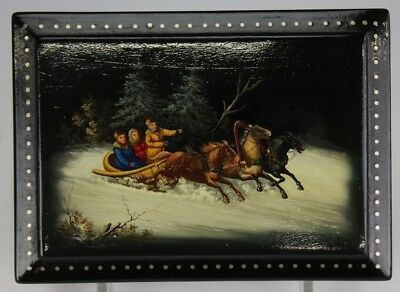 VTG Signed RUSSIAN Lacquer Folk Art Hand Painted Troika Horse Carriage Box TWA
