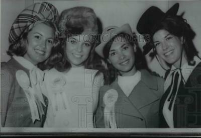 1968 Press Photo Four Miss America Pageant contestants show off four hats