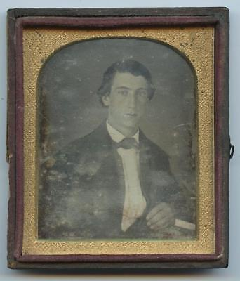 1840 HALF CASE 6th PLATE DAGUERREOTYPE - ID'd YOUNG BUSINESS MAN - CLEAN SHAVEN