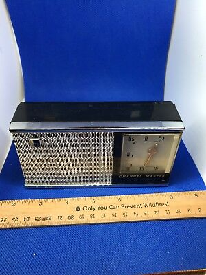 Channel Master 6-transistor Deluxe all-wave radio - Model 6506