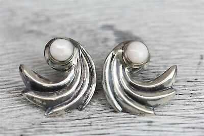 Vintage Artisan 925 Sterling Silver Mop Spray Design Earrings  -N2603