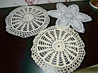 3 Vintage White & Cream Cotton Hand Worked Crochet Lace Table Mats/doilies