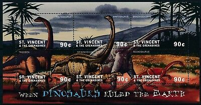 [HG25609] St Vincent Grenadines 2001 DINOSAURS - Fauna Good sheet very fine MNH