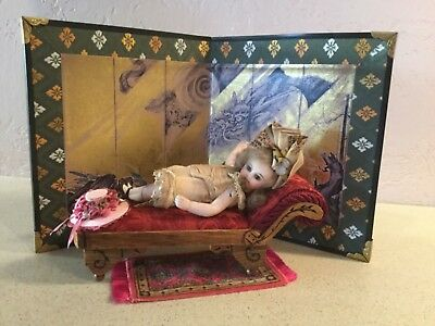 Vintage Miniature Folding Screen In Unused Condition
