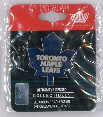 Toronto Maple Leafs NHL hockey pin - logo - collector trader badge Canada