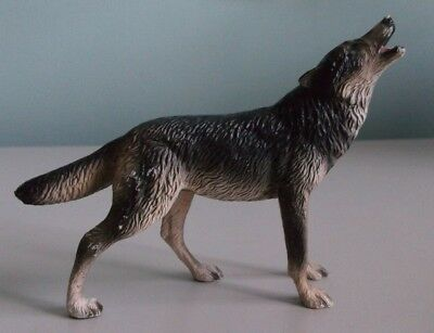 """Breyer Reeves Gray & White Wolf Coyote Howling 6"""" x 4 1/2"""" - For Repair"""