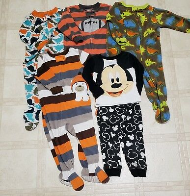 Baby boys pajamas lot size 18 months