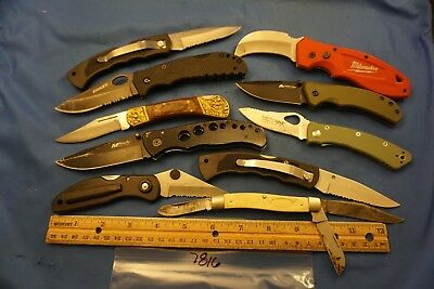 7816  Ten assorted pocket knives