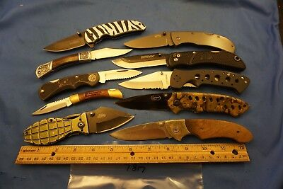 7817   Ten assorted pocket knives