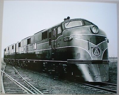 General Motors Photo ALTON Railroad E7 Passenger Locomotive 1945 Electro-Motive