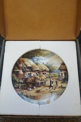 'Mending The Thatch' Country Days Wedgwood limited edition collector plate