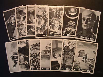 1966 Topps Lost In Space Lot Of 14 Different Cards