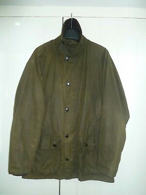 """Men's Olive Green Waxed Classic Bedale Jacket by Barbour in Size 34"""" 88cm"""
