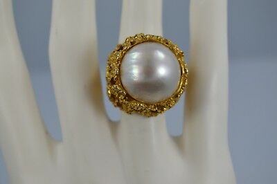 Exquisite Vintage 10K Yellow Gold Mabe Pearl Colossal Nugget Ring Size 4.25  #M