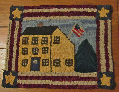 Yellow Saltbox Americana Primitive Rug Hooking Kit with Cut Wool Strips