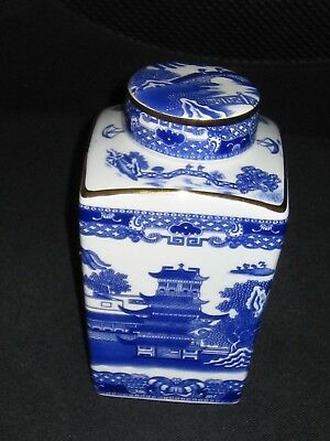 Ringtons Tea Caddy 1991 by Wade Willow Pattern