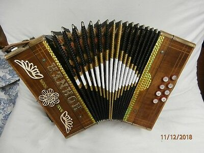 HOHNER 8 BASS BUTTON ACCORDION C/F the key 1960 - 1970 brown wood
