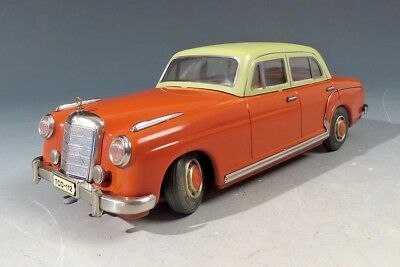 S 50188 Top-Rarität! Brillanter Tippco Mercedes 220 S TCO 112