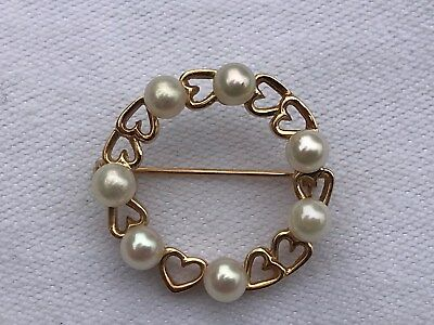 14K Yellow Gold PEARL CIRCLE BROOCH/PIN Marked 14 K * with Gold Hearts Setting