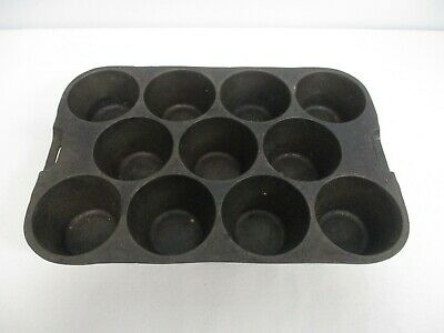 Vintage Wagner Ware S 1337 Cast Iron Popover Muffin Pan