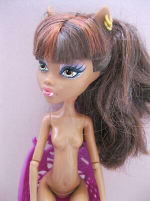 Monster High CLAWDEEN WOLF SISTER 1ST COFFIN BEAN SHOP NUDE DOLL-GOLD EARRINGS
