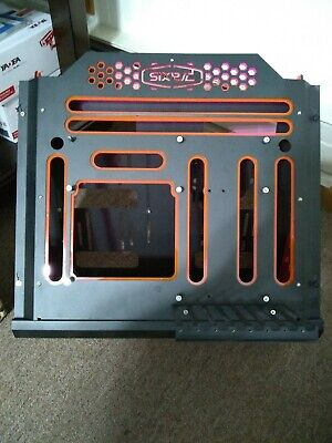 Praxis Bench Case Full ATX Includes Motherboard Stand Offs. Excellent condition