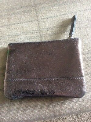 Ladies Bnwt 'ollie & Nic' Zipped Pouch Pewter Leather With Foil Coating