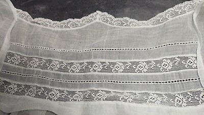 Antique Woman's Clothing In Muslin And Lace
