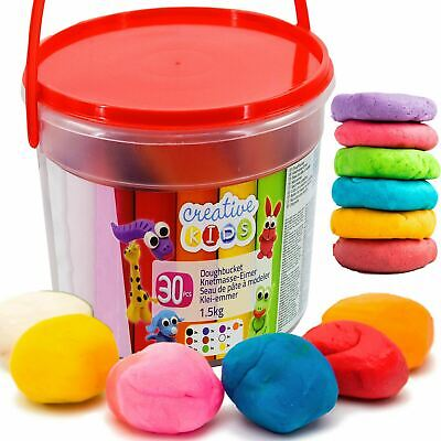 Christmas stocking filler Grafix Giant 30 Colour Modelling Dough Set