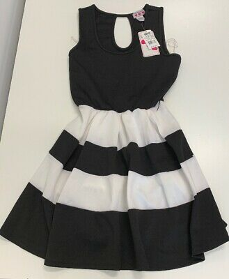 ef8a976475b8 Three Pink Hearts NEW with tags Kohls  48 Black White Dress Polyester blend