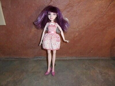 Disney Descendants Isle Style Switches Mal Dressed Doll