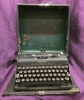 Vintage Imperial Model T Type Writer. Good Used Condition.