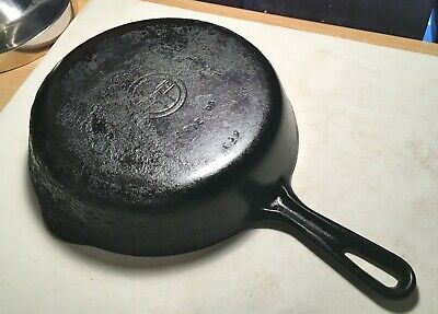 Antique Griswold Cast Iron Skillet No.6 Erie Pa. U.S.A. Original And Very Nice!