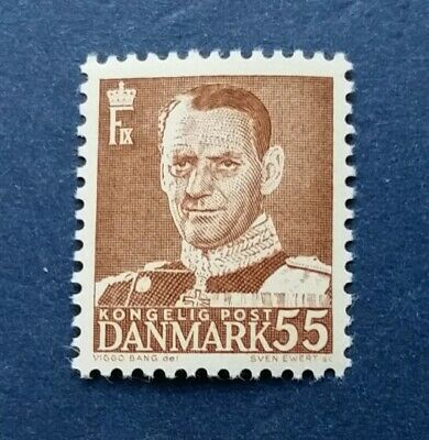 Denmark Stamp, Scott 325 Mint and Hinged