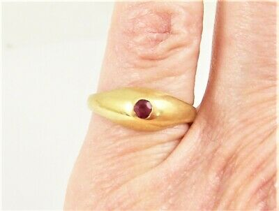 Retro 14K Yellow Gold Ring/ Pinky Ring With Red Spinel,  Size 4
